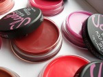Обзор Sleek Pout Polish - бальзама-блеска для губ от Слик