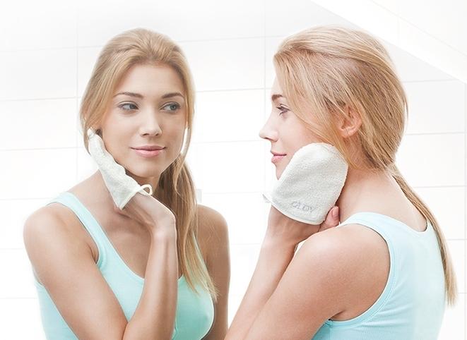 Рукавичка для снятия макияжа Glov on-the-go