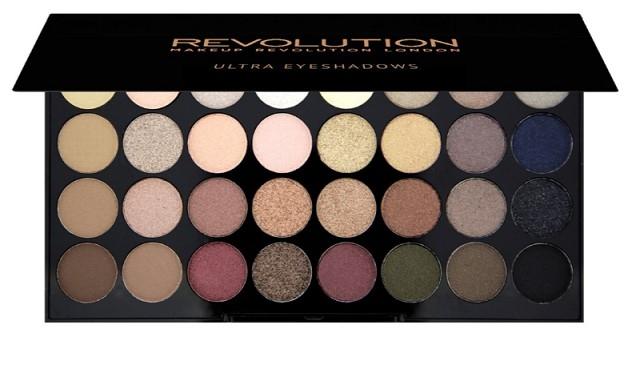 Набор из 32 оттенков теней REVOLUTION Makeup 32 eyeshadow palette Flawless