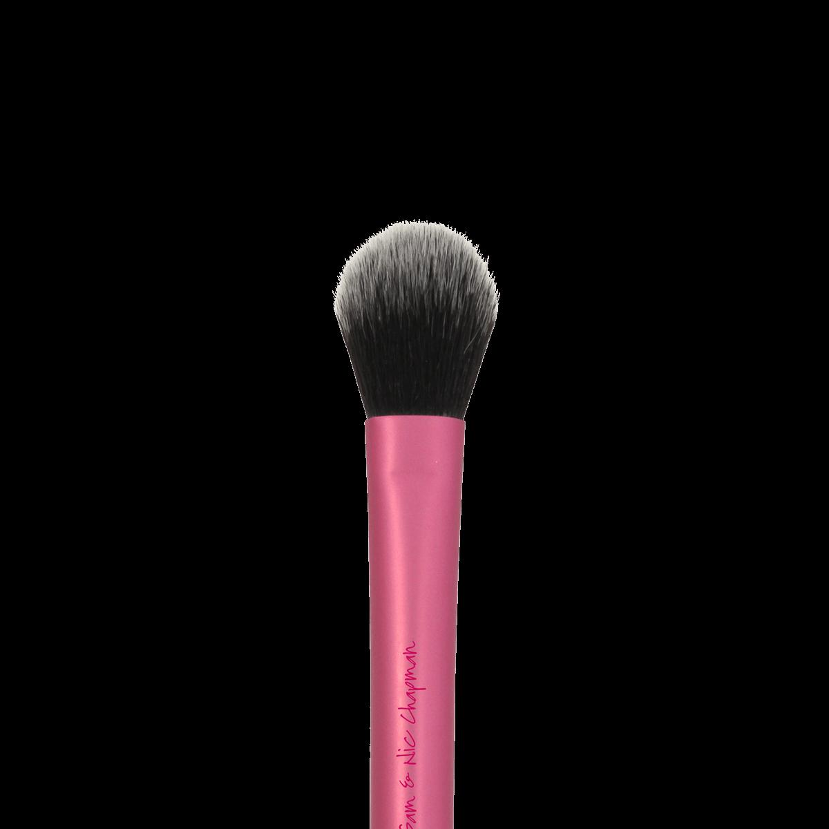 Кисть для хайлайтера и закрепления макияжа Setting Brush