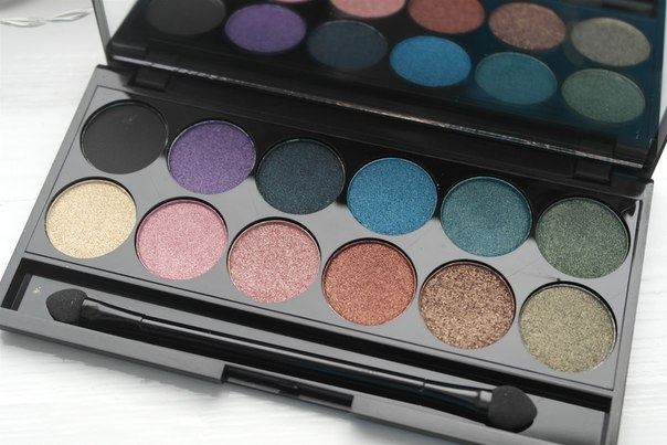Тени для век в палетке Sleek MakeUp Eyeshadow Palette I-Divine Original 594