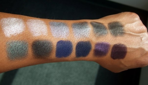 Тени для век в палетке Sleek MakeUp Eyeshadow Palette I-Divine Bad Girl 596