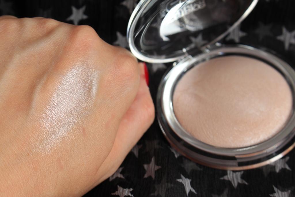 Хайлайтер Catrice High Glow Mineral Highlighting Powder