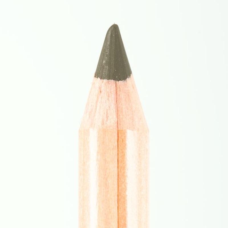 Профессиональный контурный карандаш для глаз Miss Tais (Чехия) 704