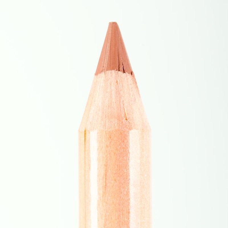Профессиональный контурный карандаш для губ Miss Tais (Чехия) 765