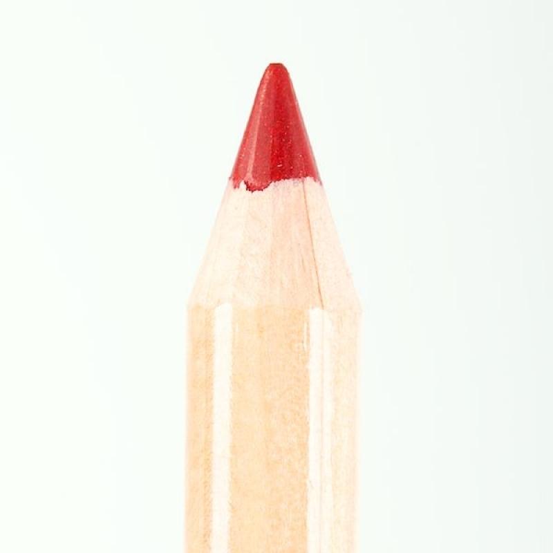 Профессиональный контурный карандаш для губ Miss Tais 768