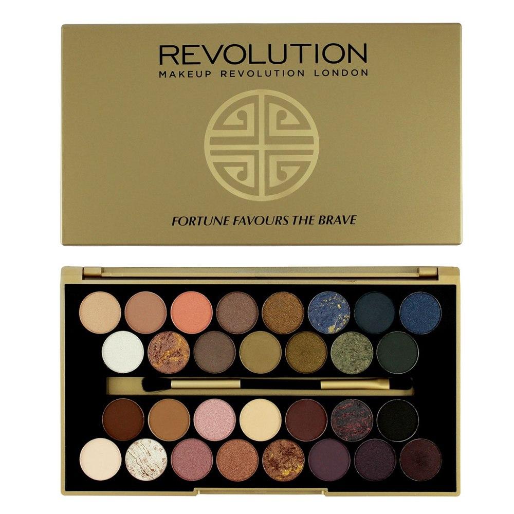 Набор теней REVOLUTION Makeup 30 eyeshadow palette Fortune Favours The Brave